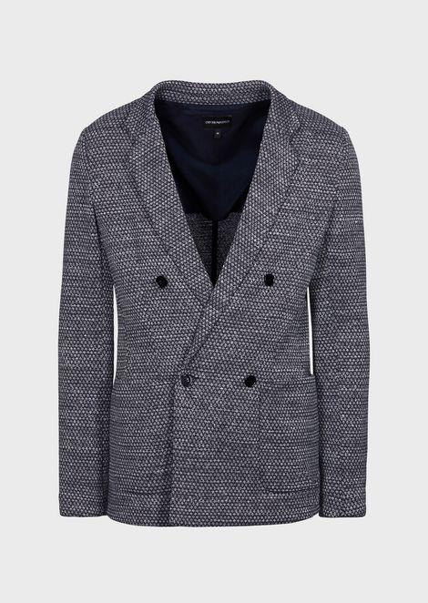 Двубортный пиджак из жаккардовой ткани смелким шашечным узором