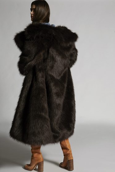 DSQUARED2 Fur Woman b