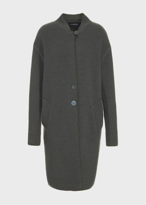 Single-breasted coat in boiled wool