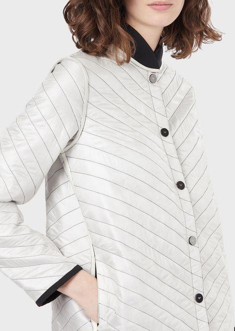Reversible jacket in light nylon