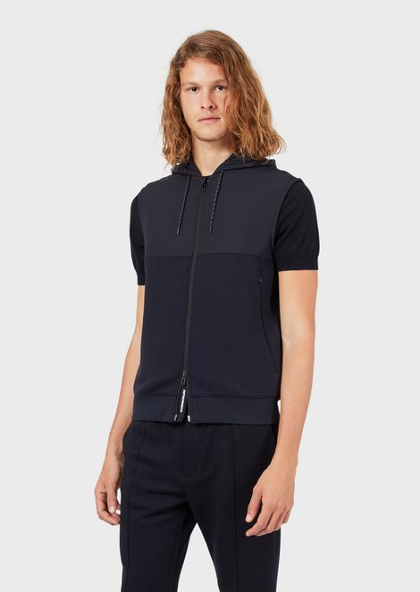 Sleeveless Travel Essential jacket in double jersey