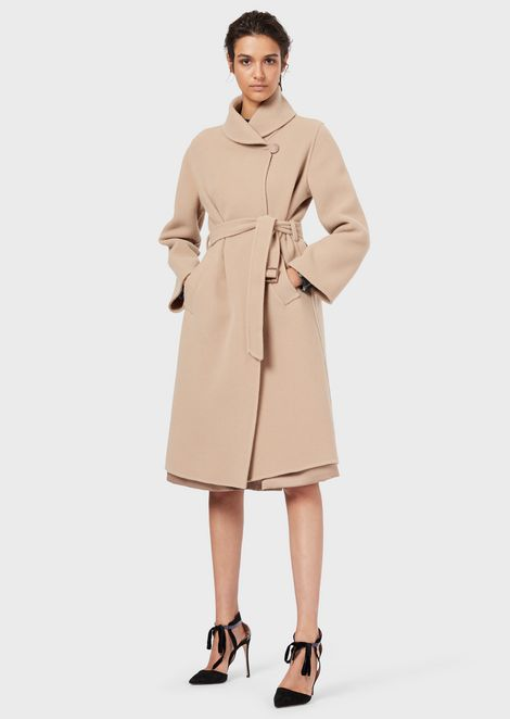 A belted coat in double fabric
