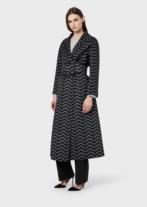 Oversized coat in wool and cashmere with chevron motif
