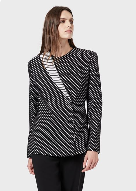 Two-toned jacket with diagonal-stripe motif