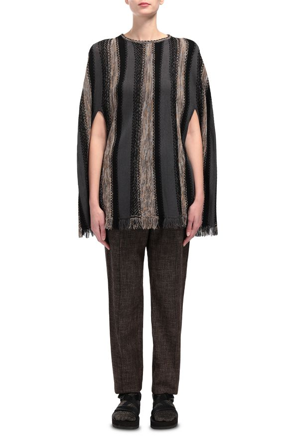 M MISSONI Cape Woman, Frontal view