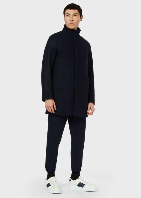 Abrigo de lana virgen con chaleco interno
