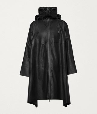 CAPE IN LEATHER