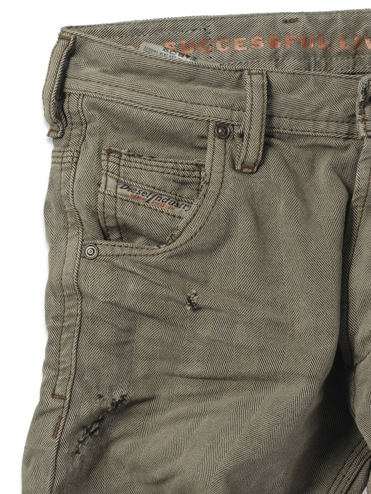 DIESEL KROOLEY J SP7 KXALL REGULAR SLIM-CARROT U d