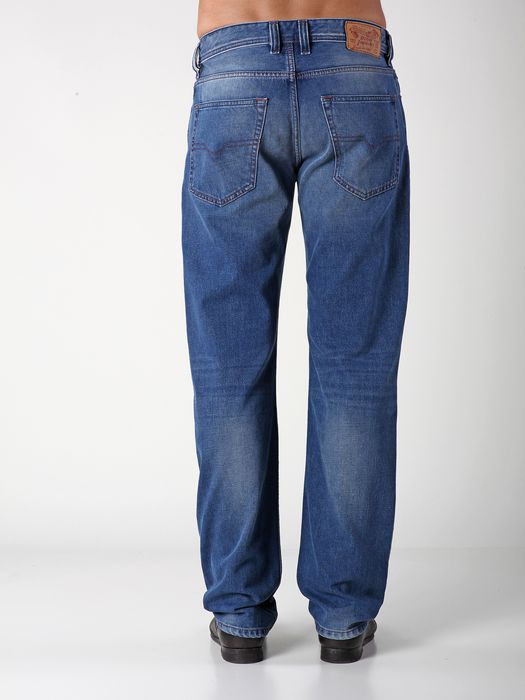 DIESEL LARKEE-RELAXED 0823C COMFORT-STRAIGHT U r