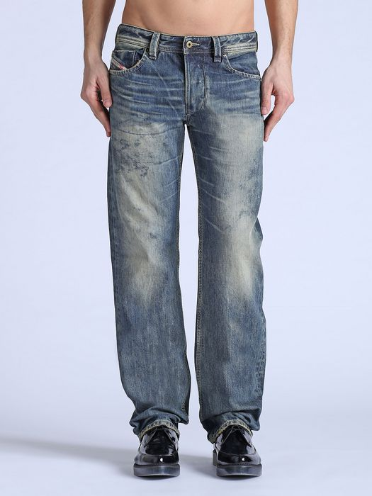 DIESEL LARKEE 0828D REGULAR SLIM-STRAIGHT U f