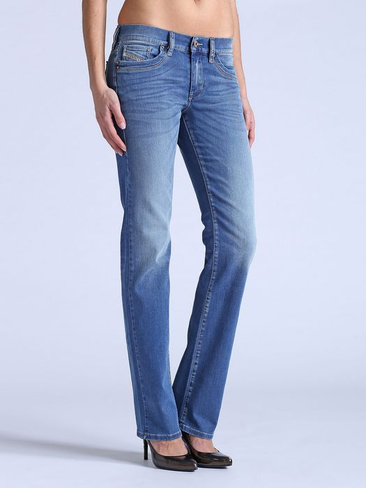 DIESEL RONHOIR 0826Z REGULAR-BOOTCUT D e