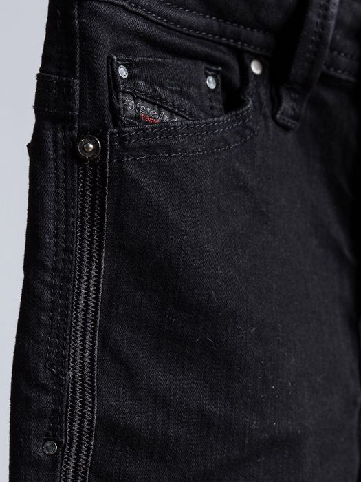 DIESEL THANAZ S-SLIM J Jeans U a