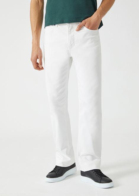 Pantaloni regular fit in gabardine di cotone stretch
