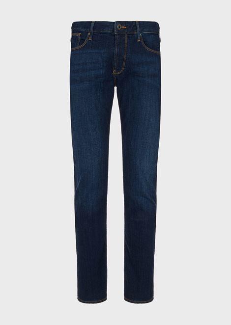 Jeans J06 slim fit in denim di cotone stretch