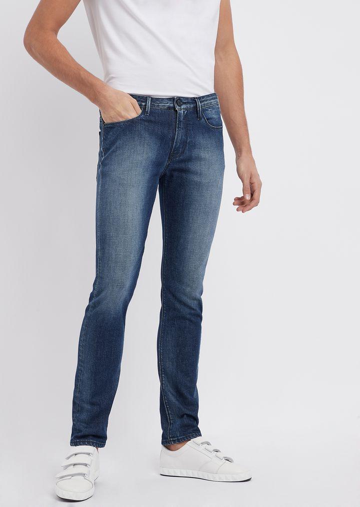 610c889271 Jeans j06 coupe slim en denim de coton sergé 280 g/m²