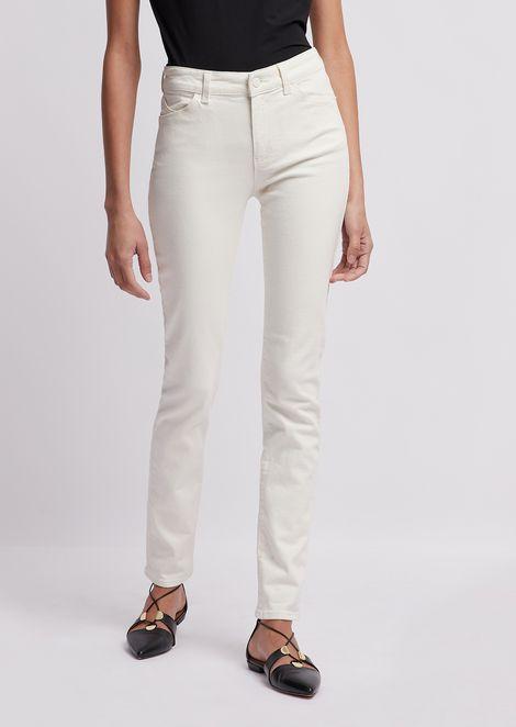 Super skinny J18 jeans in garment-dyed, stretch bull denim