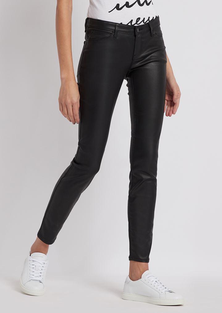 bec5524f36 Jeans J06 skinny en gabardine enduite