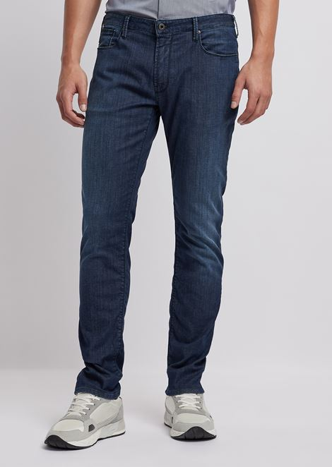Slim-fit J06 jeans in 7.5 oz comfort denim