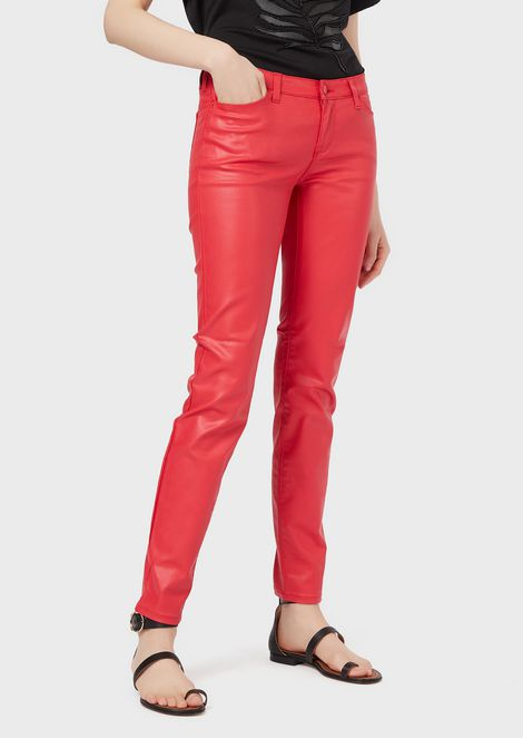 Skinny J06 jeans in coated gabardine