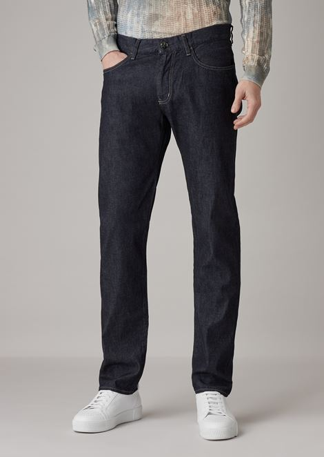 Slim-fit jeans in hand-dyed denim using natural indigo