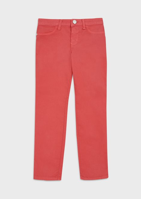 Trousers in garment-dyed stretch fabric