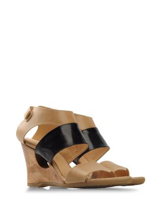 Sandals - ELLEN VERBEEK