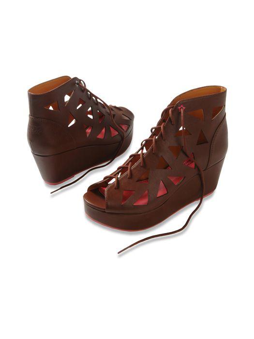 55DSL SUN-ELLE W Casual Shoe D r