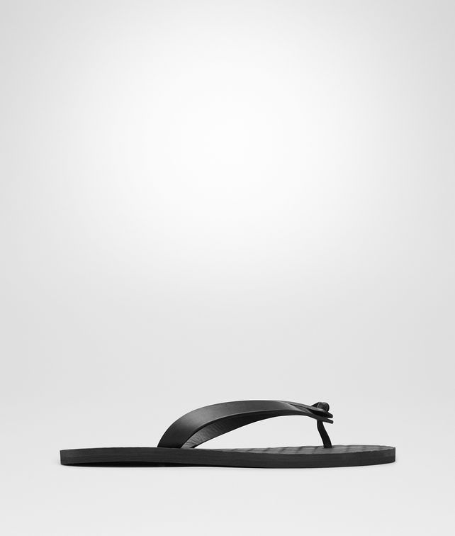 BOTTEGA VENETA SANDAL IN NERO CALF Sandals Man fp