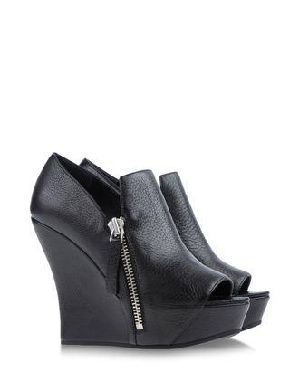 Loafers - CAMILLA SKOVGAARD