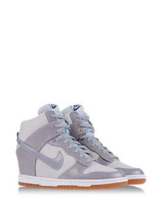 scarpe nike alte donna 4e65da677a8