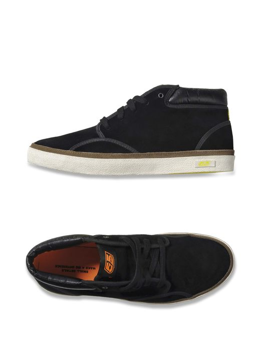 55DSL YE55 MID Casual Shoe U r