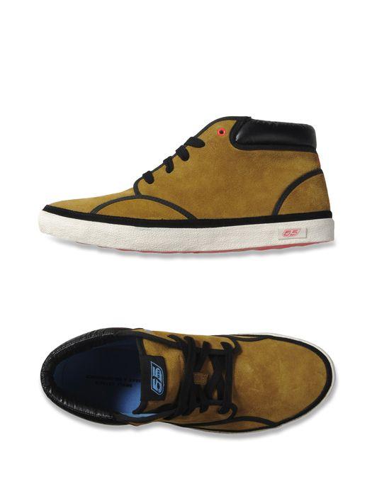 55DSL YE55 MID Sneakers U r