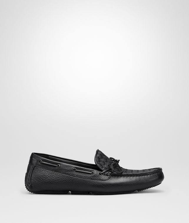 BOTTEGA VENETA WAVE DRIVER IN NERO INTRECCIATO CERVO Slippers and Loafers [*** pickupInStoreShippingNotGuaranteed_info ***] fp