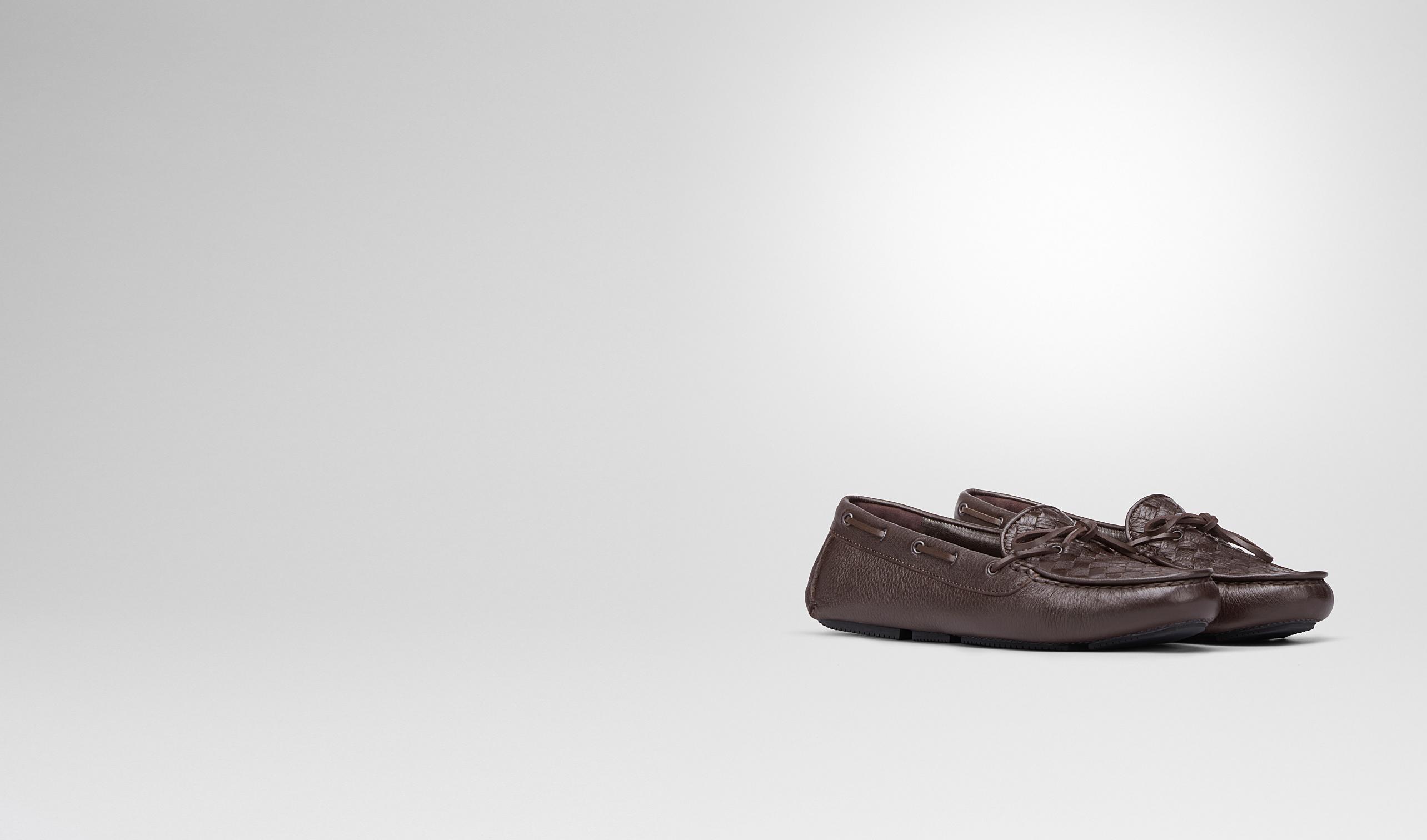 BOTTEGA VENETA Chaussure plate D Mocassin en cuir de CERVO délavé intrecciato espresso pl