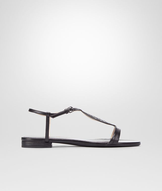 BOTTEGA VENETA Nero Intrecciato Calf Sandal Flat D fp