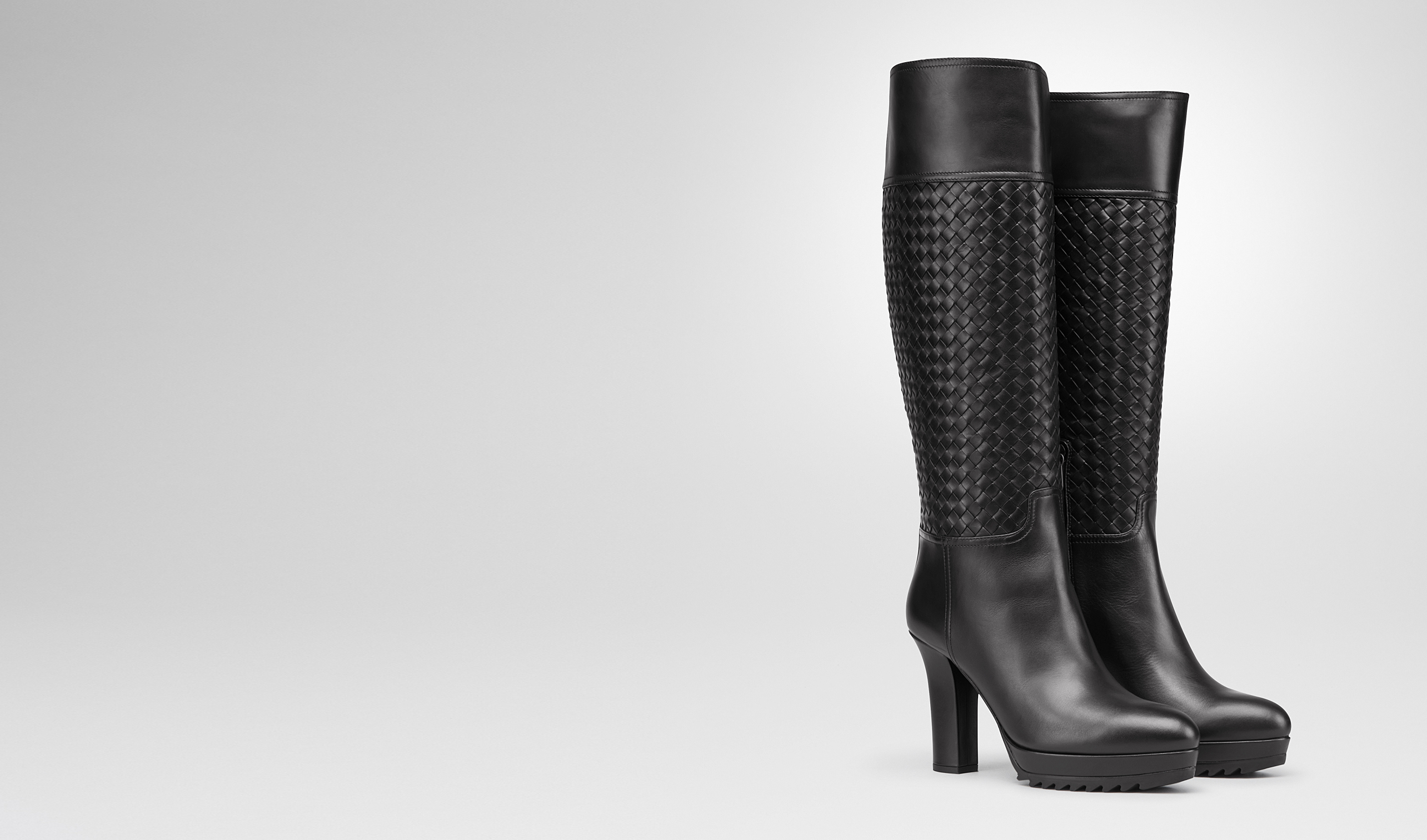 BOTTEGA VENETA Boots and ankle boots D Nero Intrecciato Calf Boot pl