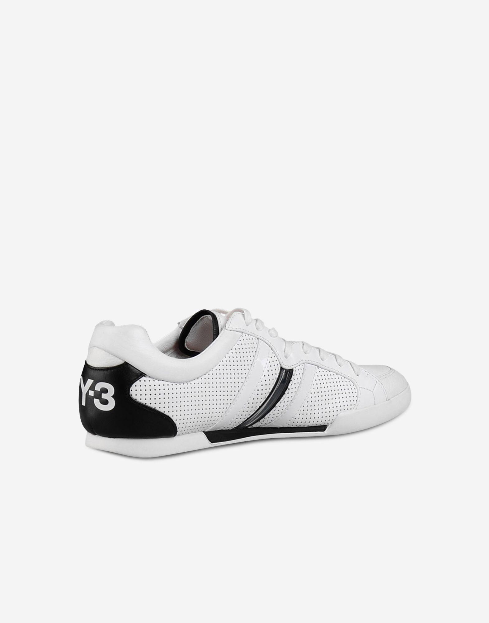 8c5bde9e5 ... Y-3 Y-3 Sala Classic 2 Sneakers Man d ...