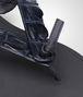 BOTTEGA VENETA Sandale aus Krokodilleder Dark Prusse Sneaker oder Sandale U ap