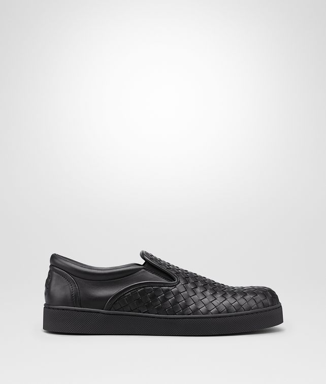 BOTTEGA VENETA DODGER SNEAKER IN NERO INTRECCIATO NAPPA Trainers Man fp