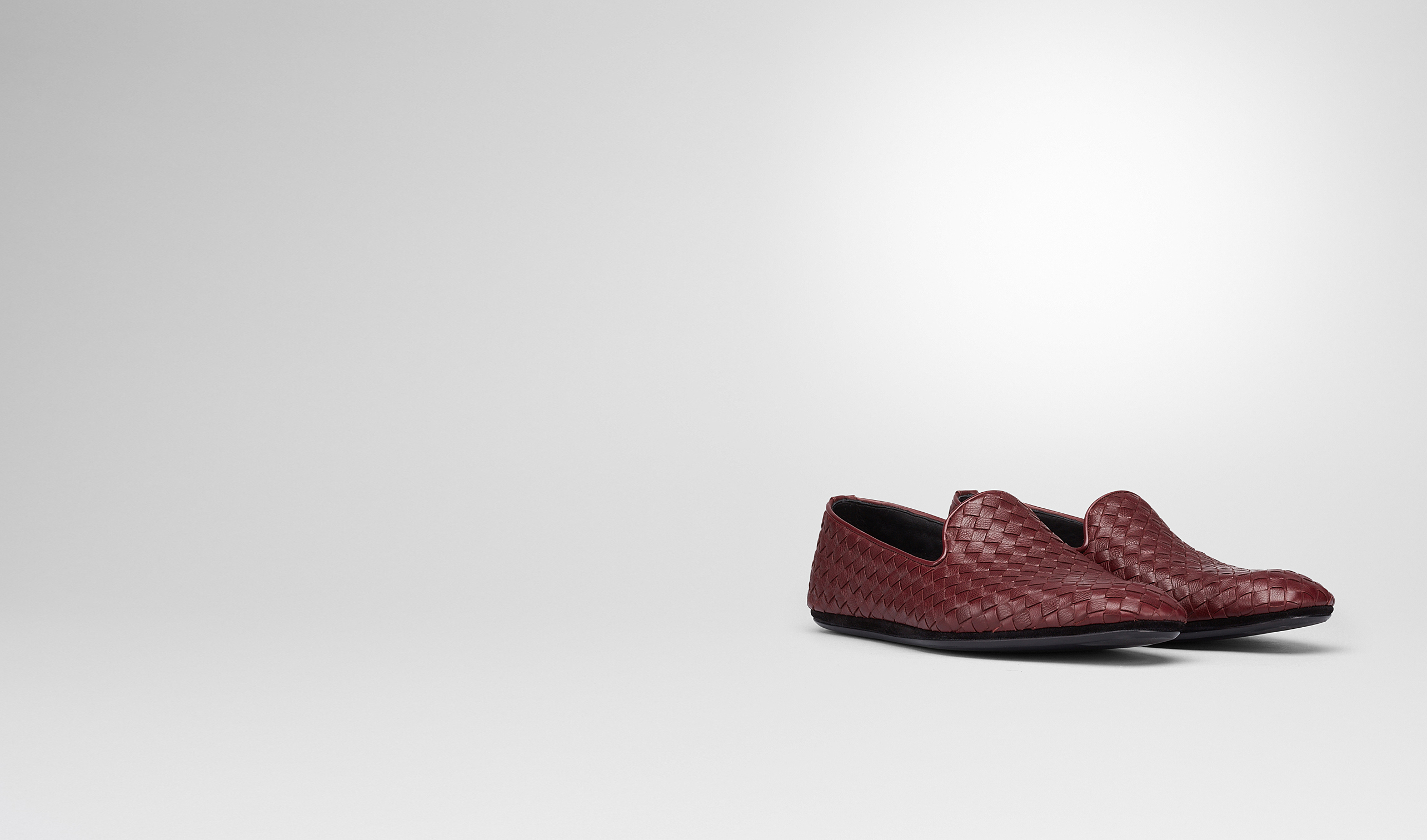 BOTTEGA VENETA Mocassino o pantofola U OUTDOOR SLIPPER AUBERGINE IN FOULARD CALF INTRECCIATO pl