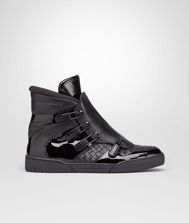 BOTTEGA VENETA SNEAKER AUS KALBSLEDER INTRECCIATO UND LACK NERO Sneaker oder Sandale U fp
