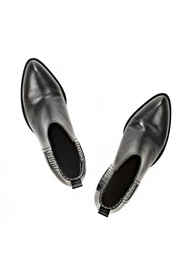 ALEXANDER WANG KORI OXFORD WITH MATTE BLACK FLATS Adult 12_n_d