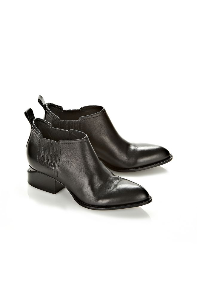 ALEXANDER WANG KORI OXFORD WITH MATTE BLACK FLATS Adult 12_n_r