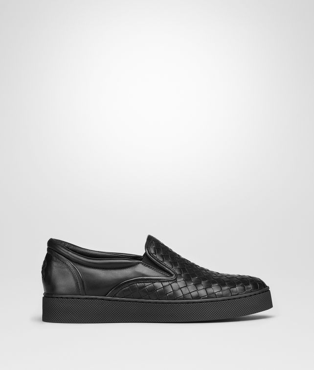 BOTTEGA VENETA DODGER SNEAKER IN NERO INTRECCIATO NAPPA Trainers Woman fp