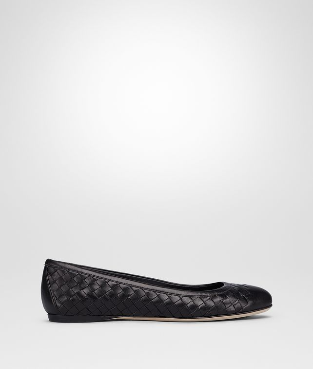 BOTTEGA VENETA PEGGY BALLERINA IN NERO INTRECCIATO NAPPA Flat Woman fp