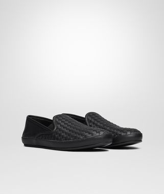 OUTDOOR SLIPPER IN NERO INTRECCIATO NAPPA