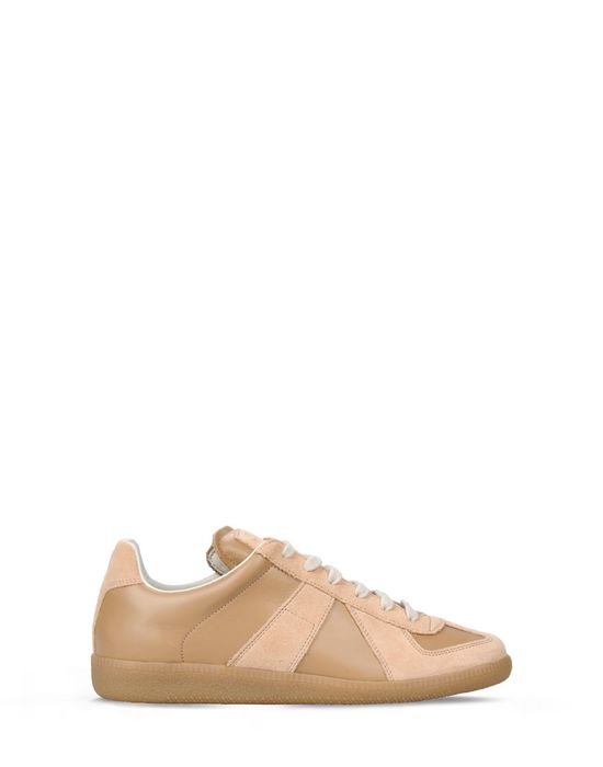 MAISON MARGIELA 22 Laced shoes Beige Women