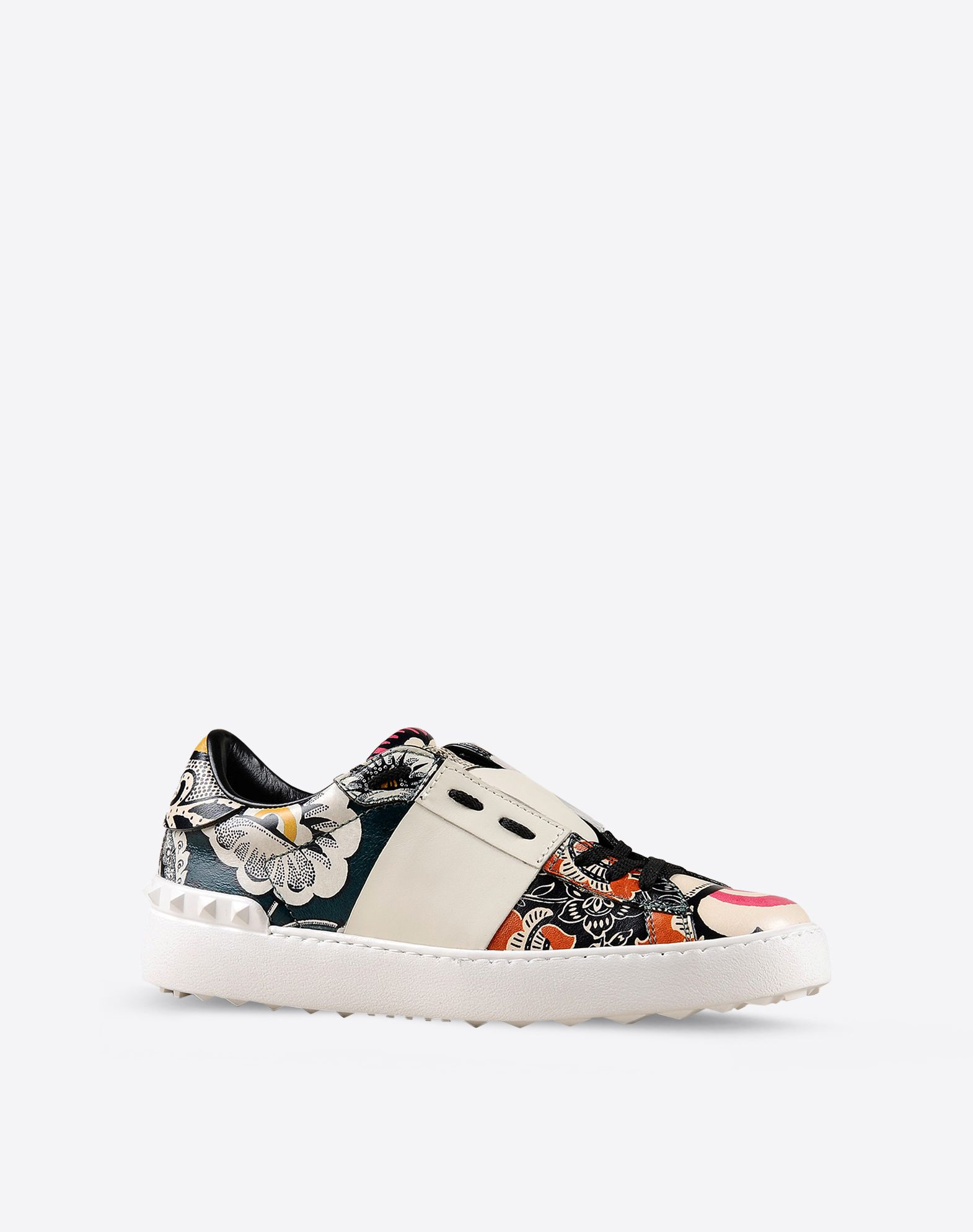 VALENTINO Laces Ethnic design Rubber sole Printed leather Round toeline  44799285ns
