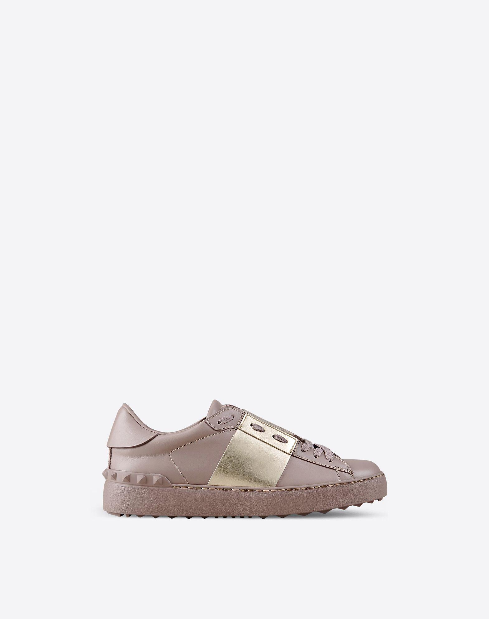 Valentino& Khaki Garavani Rockstud Open Sneakers SqO6maw3