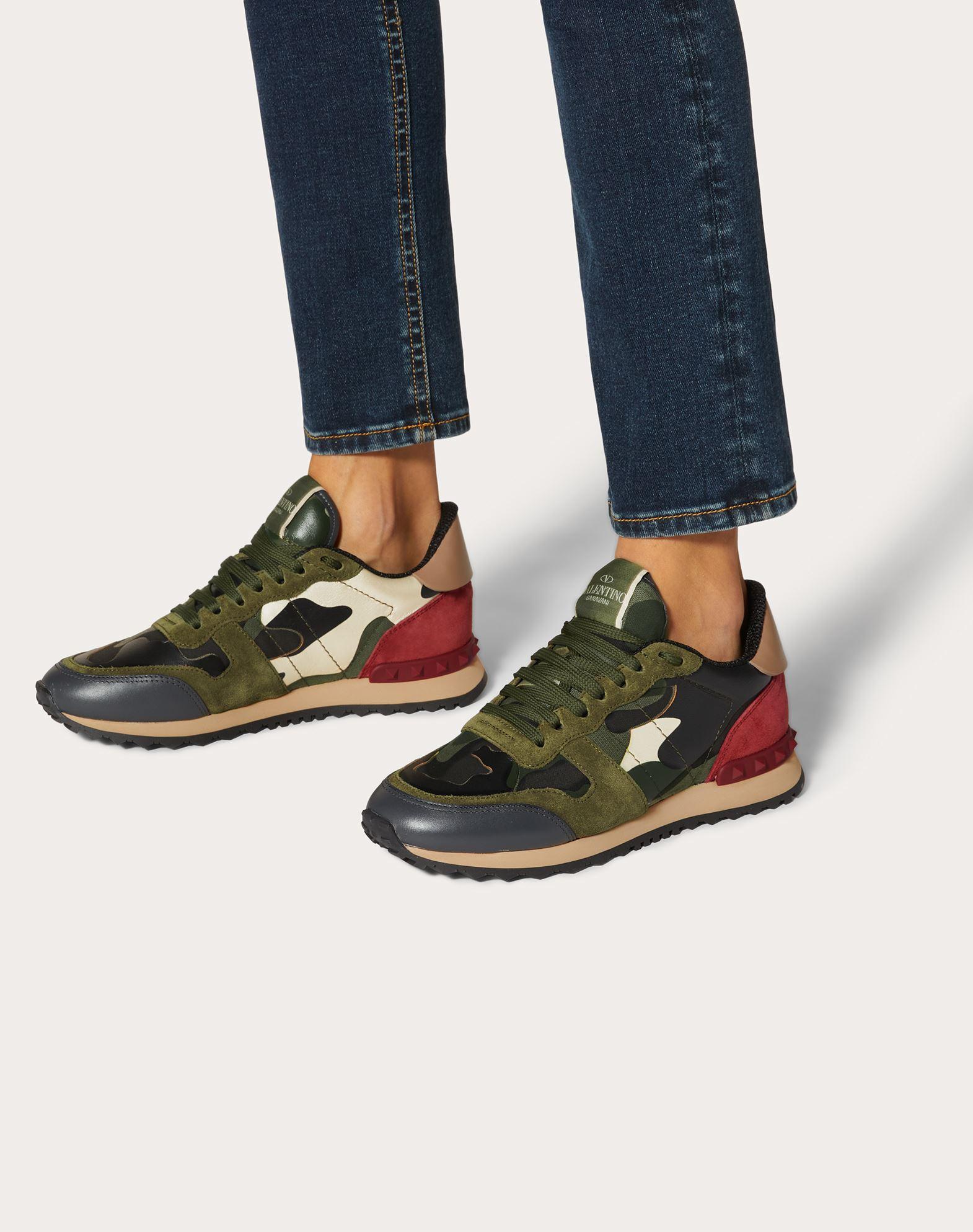 VALENTINO GARAVANI Camouflage sneaker LOW-TOP SNEAKERS D b